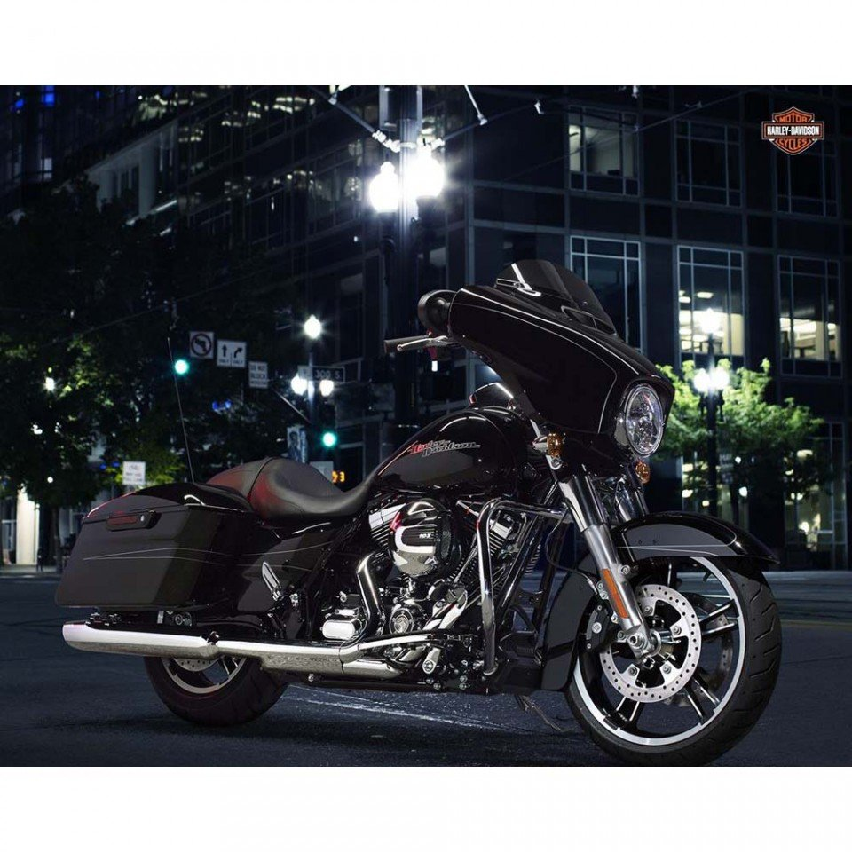 F03 Touring Street Glide Special 2016_ Harley-Davidson Parma