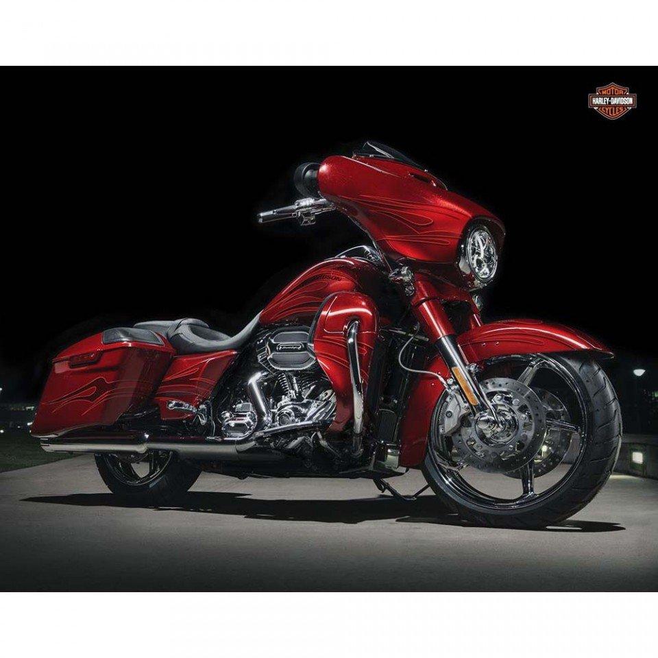 H02 CVO Street Glide 2016 _ Harley-Davidson Parma