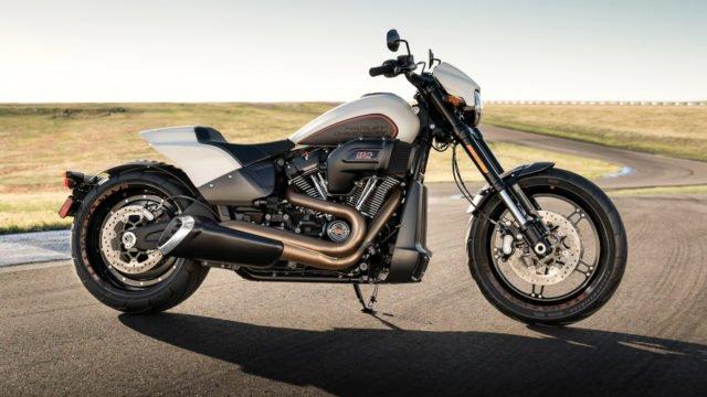 Harleydavidson_Softail_FXDR114